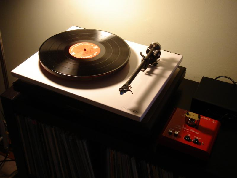 Rega p3-24 and bellari ...very groovy